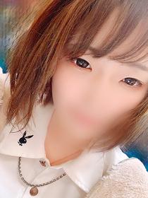 粟谷 ルナ[20歳]