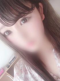 中野 モモ[18歳]